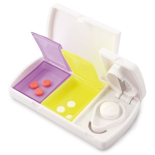 PILL BOX WITH CUTTER